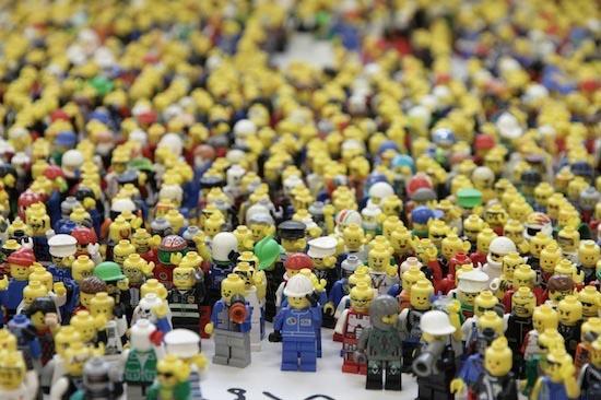 Sayeh Sarfaraz: dictatorship in Lego land