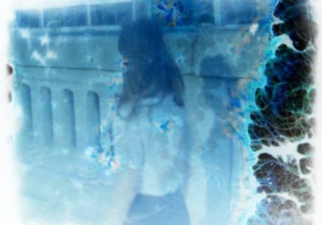 Xarah Dion abstract