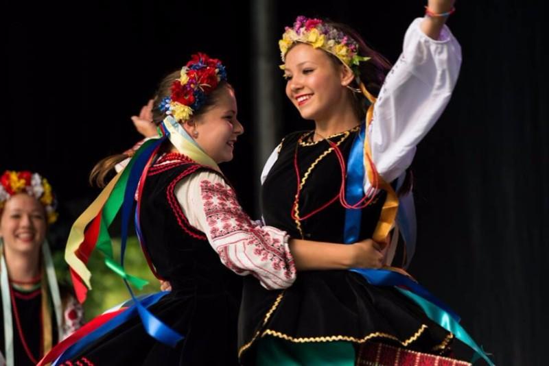 ukranian-dancers