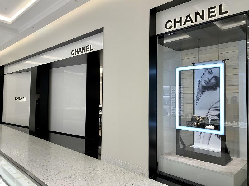 Montreal Chanel Holt Renfrew Ogilvy