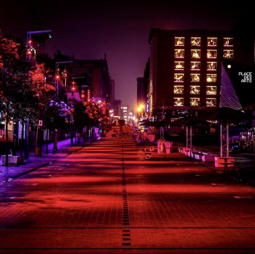 Quartier des Spectacle Ste-Catherine Street montreal lightuplive éclaironslesscènes