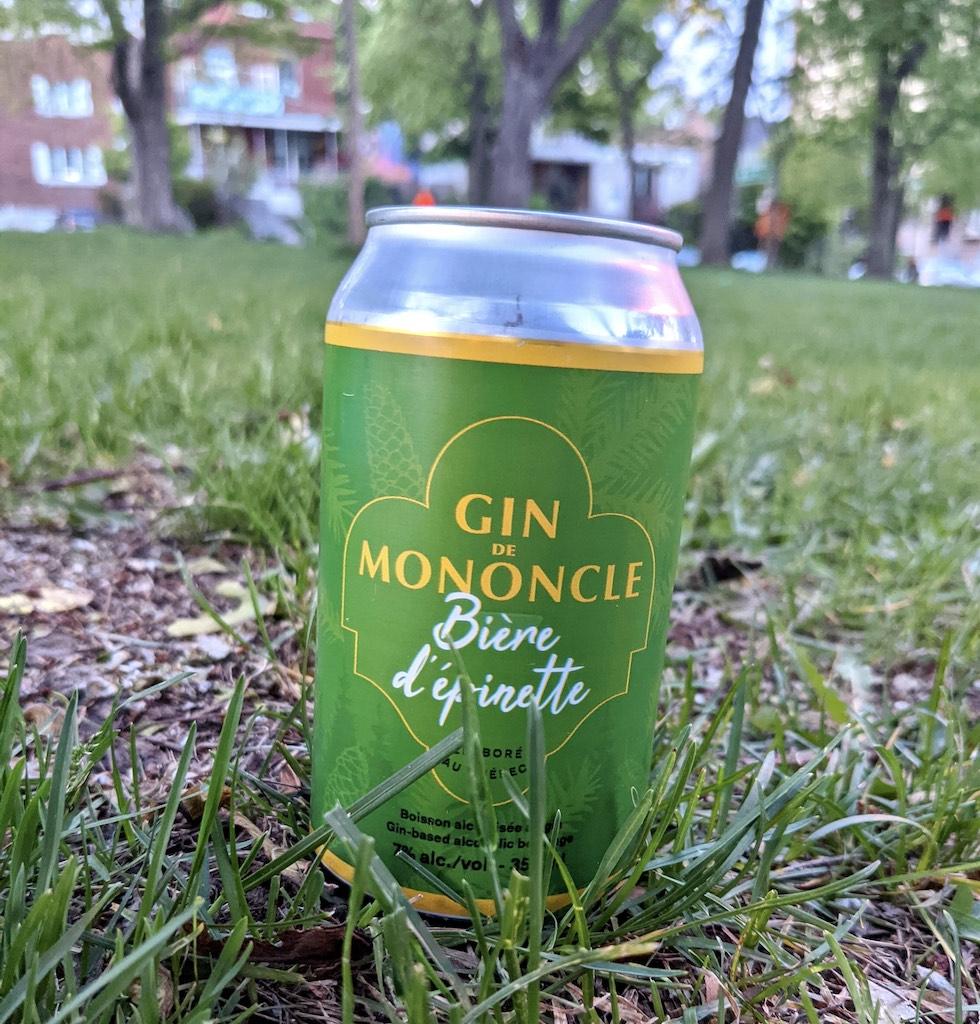 Quebec prêt-à-boire cocktails in a can
