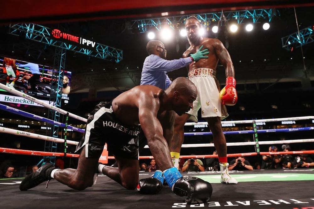 chad johnson ochocino boxing knock down
